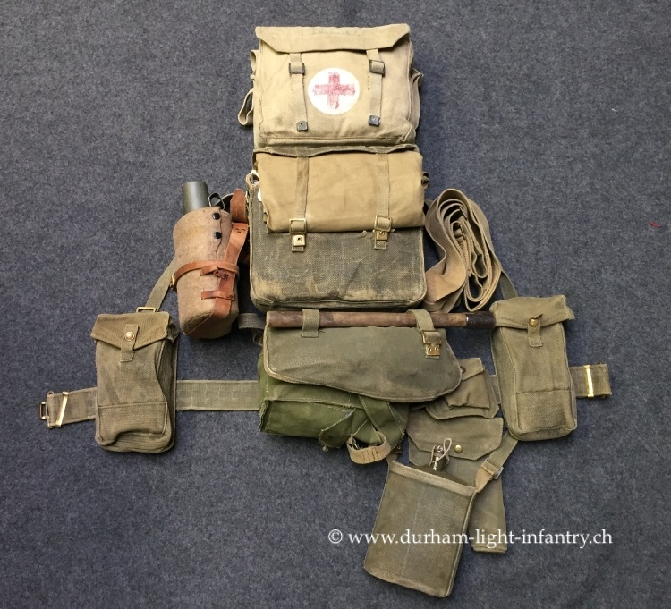 Komplettes Sanitäts Equipment des R.A.M.C. Airborne Medical Services