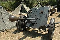 3,7-cm-PaK 36 mit  Stielgranate 41